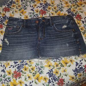 Hollister jean skirt size 26